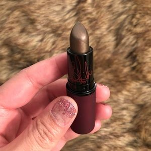 MAC Rihanna 2 Viva Glam lipstick